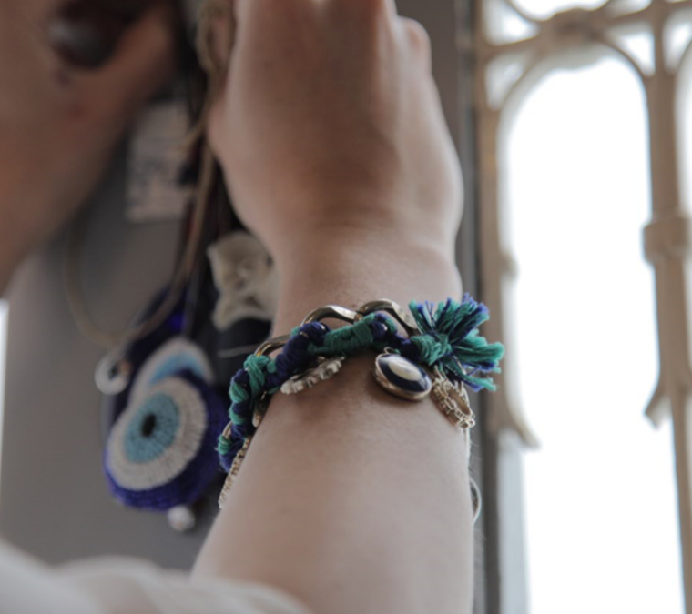DIY Bracelet | Threads Beads + Chain