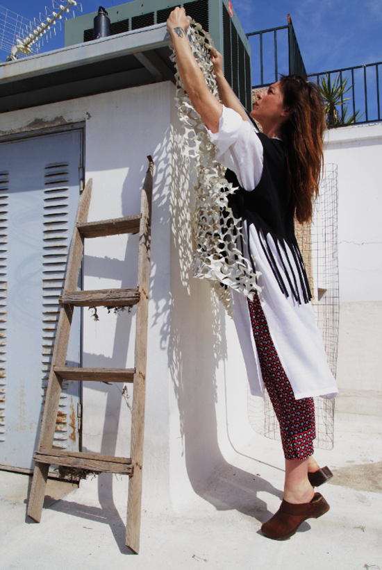 cloting_DIY_pantalone_t shirt_wake up cut_poppy anastouli_eleni kokkorou
