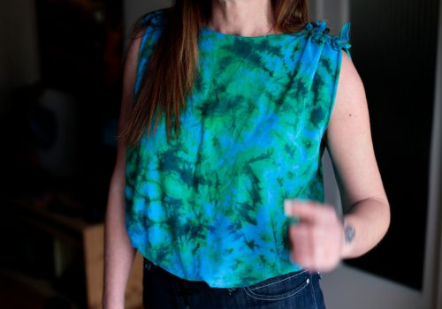 Get rid of prints on your T-shirts